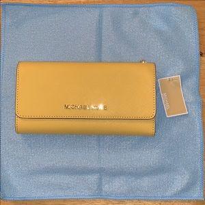 Michael Kors jet set wallet